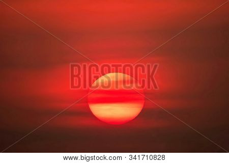 Big Sun Sunset Sky Orange Sky Red Cloud Outdoor Summer Nature Backgound