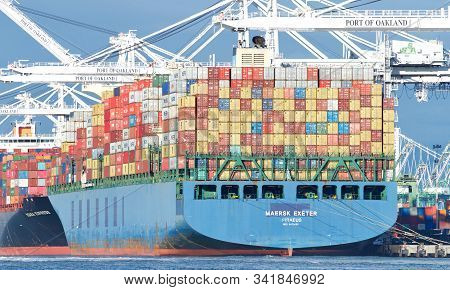 Oakland, Ca - Dec 06, 2019: Cargo Ship Maersk Exeter Loading At The Port Of Oakland. Maerskhas Been