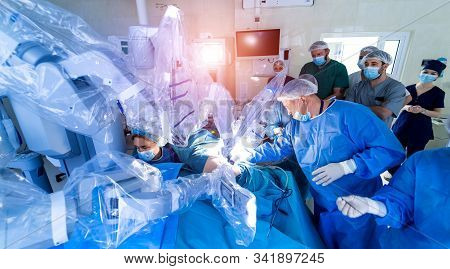 Medical Robot. Robotic Surgery. Medical Operation Involving Robot. Minimally Invasive Robotic Surger