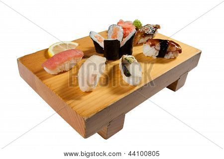 Deluxe Sushi Combination