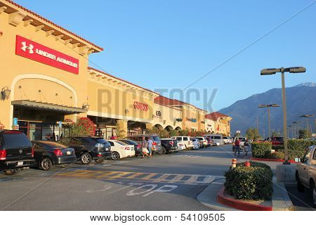Retail Outlet Shopping
