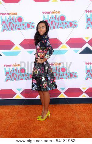 LOS ANGELES - NOV 17:  Sydney Park at the TeenNick Halo Awards at Hollywood Palladium on November 17, 2013 in Los Angeles, CA