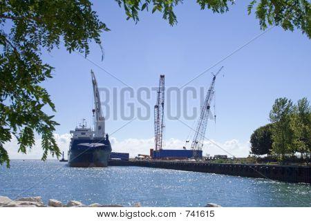 Construction Ship -1464