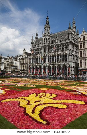 Flower Carpet In Brussels 2010 - Brussels Symbol