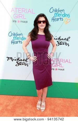 LOS ANGELES - JUN 14:  Keri Selig at the Children Mending Heart's 7th Annual Empathy Rocks Fundraiser at the Private Location on June 14, 2015 in Malibu, CA