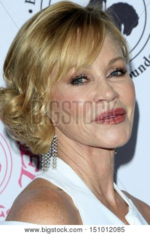 LOS ANGELES - OCT 8:  Melanie Griffith, note tattoo of