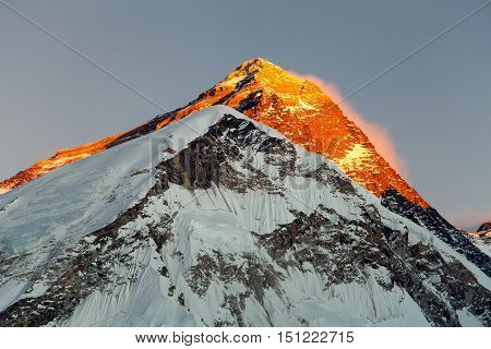 Evening view on top of Mount Everest from mount Pumo Ri base camp - Sagarmatha national park Khumbu valley Nepal