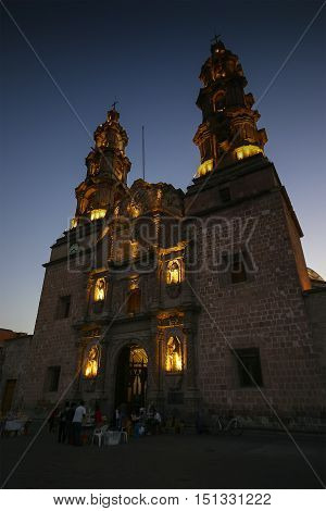 Catedral de Aguascalientes in the sunset sky