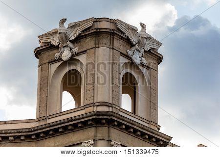 Modernist Eagle Statues