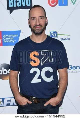 LOS ANGELES - SEP 09:  Tony Hale arrives to the Stand Up To Cancer 2016 on September 09, 2016 in Hollywood, CA