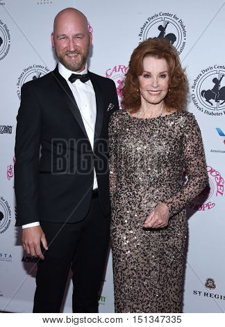 LOS ANGELES - OCT 8:  Stefanie Powers arrives to the Carousel of Hope 2016 on October 8, 2016 in Hollywood, CA