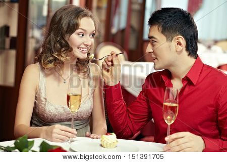 Young spouses dining out
