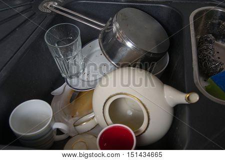 Kitchen Utensils Need A Wash