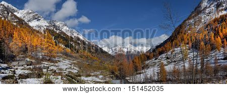 Alpine panorama from the small village autumn