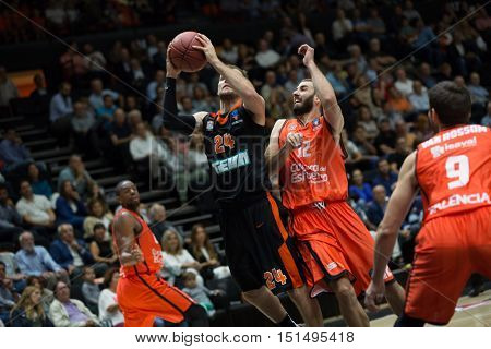 VALENCIA, SPAIN - OCTOBER 12th: Braun Taylor with ball during Eurocup match between Valencia Basket and Ratiopharm Ulm at Fonteta Stadium on October 12, 2016 in Valencia, Spain