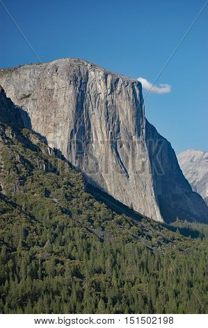 El Capitan seen from Tunnel View overlook, Yosemite National Park, California, USA