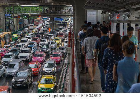 Bangkok Thailand- October 92016 :skywalk and heavy traffic at Bts Siam Square. Bangkok Thailand