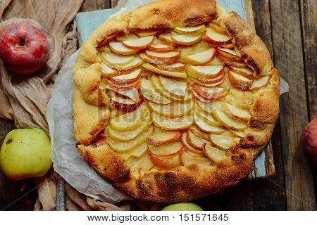 Homemade Organic Apple Pie Dessert Ready To Eat. Apple Pie On Ta