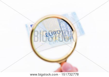 Magnifying Glass With Tewnty Euros