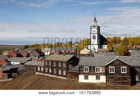 View of the Norwegian mining town Roros in autumn colors.