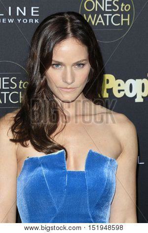 LOS ANGELES - OCT 13:  Kelly Overton at the People's One to Watch Party at the E.P. & L.P on October 13, 2016 in Los Angeles, CA