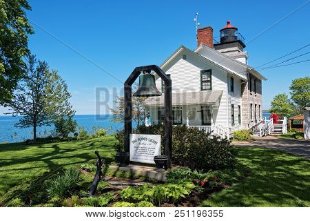 Sodus Point, Ny - May 21, 2018: Sodus Point Lighthouse And Museum In Sodus Point New York On Lake On