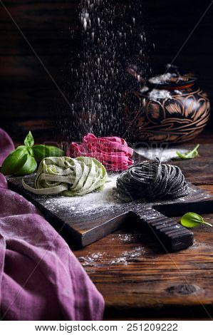 Paste With Cuttlefish Ink  ,beetroot And Spinach