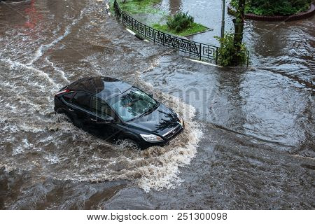 Russia. Moscow July 28, 2018. Flooding After Heavy Rains In The City Crossroads. Flooded City Road W