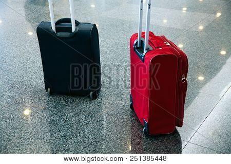 Passenger Baggage Luggage Airport Bag Blue Red Blak Wait