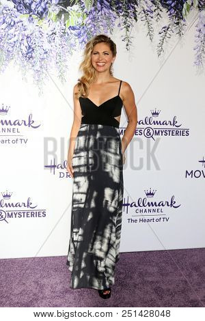 LOS ANGELES - JUL 26:  Pascale Hutton at the Hallmark TCA Summer 2018 Party on the Private Estate on July 26, 2018 in Beverly Hills, CA