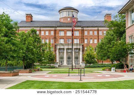 Zell B. Miller Learning Center At University Of Georgia