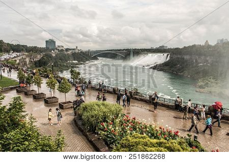 Niagra Falls Canada 06.09.2017 Panoramic View Of Rainbow Bridge Near The Niagara Falls Border Americ