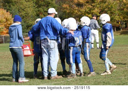 Football Coaching Huddle Strategy