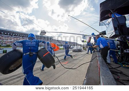 July 29, 2018 - Long Pond, Pennsylvania, USA: Matt Kenseth (6) makes a pit stop during the Gander Outdoors 400 at Pocono Raceway in Long Pond, Pennsylvania.