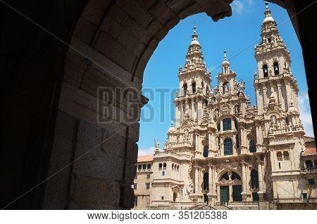 Praza Do Obradoiro Or Obradeiro Square In Santiago De Compostela, Spain. Famous Camino De Santiago W