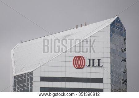Brisbane, Queensland, Australia - 26th January 2020 : Jll (jones Lang Lasalle Incorporated) Logo Han