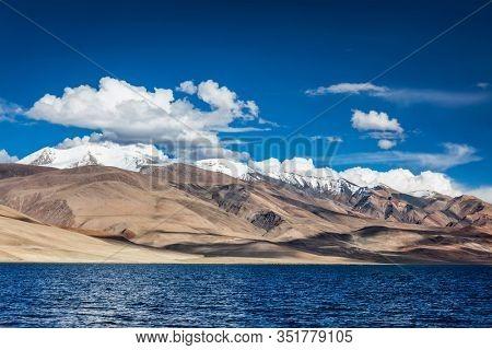 Himalayan lake Tso Moriri (fficial name: Tsomoriri Wetland Conservation Reserve), Korzok, Changthang area, Ladakh, Jammu and Kashmir, India