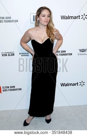 LOS ANGELES - FEB 9:  Erika Christensen at the 28th Elton John Aids Foundation Viewing Party at the West Hollywood Park on February 9, 2020 in West Hollywood, CA