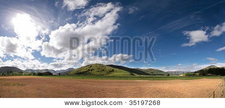 Farmland Near Mossburn Between Queenstown And Te Anau