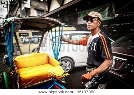 Tricycle (Sam Law) driver