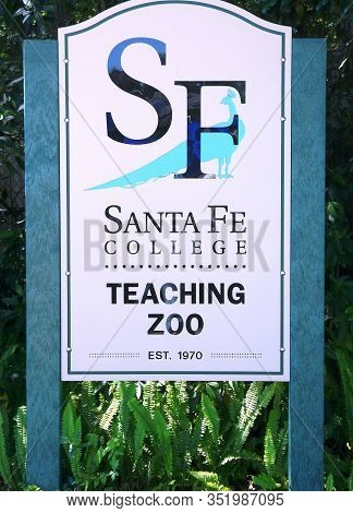 Gainesville, Florida-may 19, 2019: This Santa Fe College Sign Is At The Entrance To The Only College