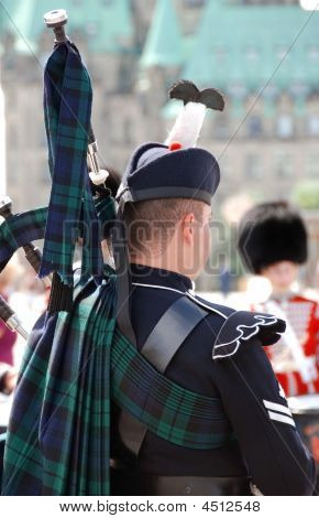 Royal Piper At Parliament Hill