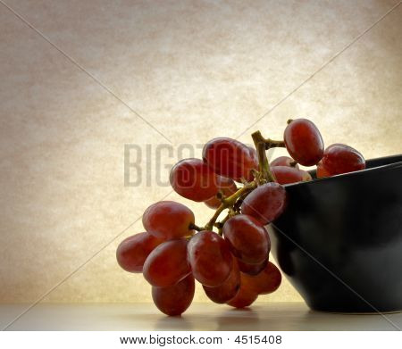 Red Grapes, Black Bowl