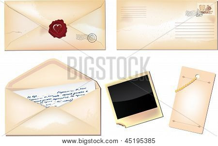 Set Of Envelopes