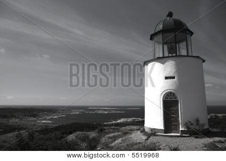 Horizontal Lighthouse Bw