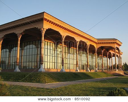 Tashkent Almazar Gallery September 2007