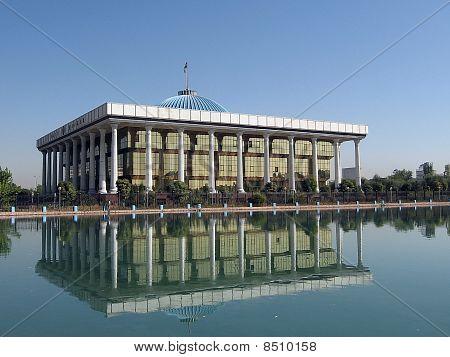 Tashkent Majlis Building