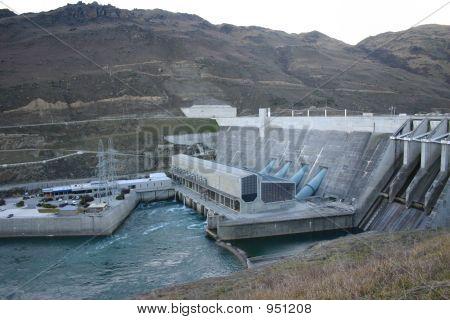 Roxburgh Dam