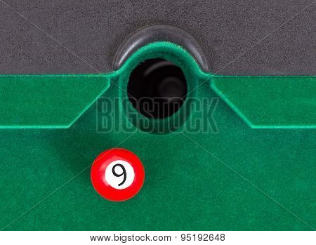 Red Snooker Ball - Number 9