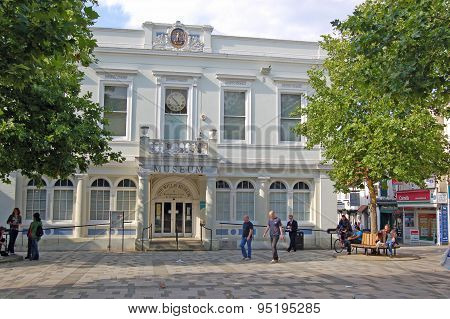 Basingstoke Museum And Marketplace